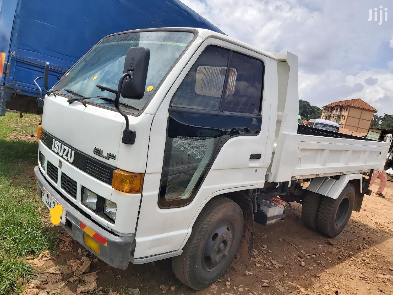 Isuzu Dump Truck 1990 White