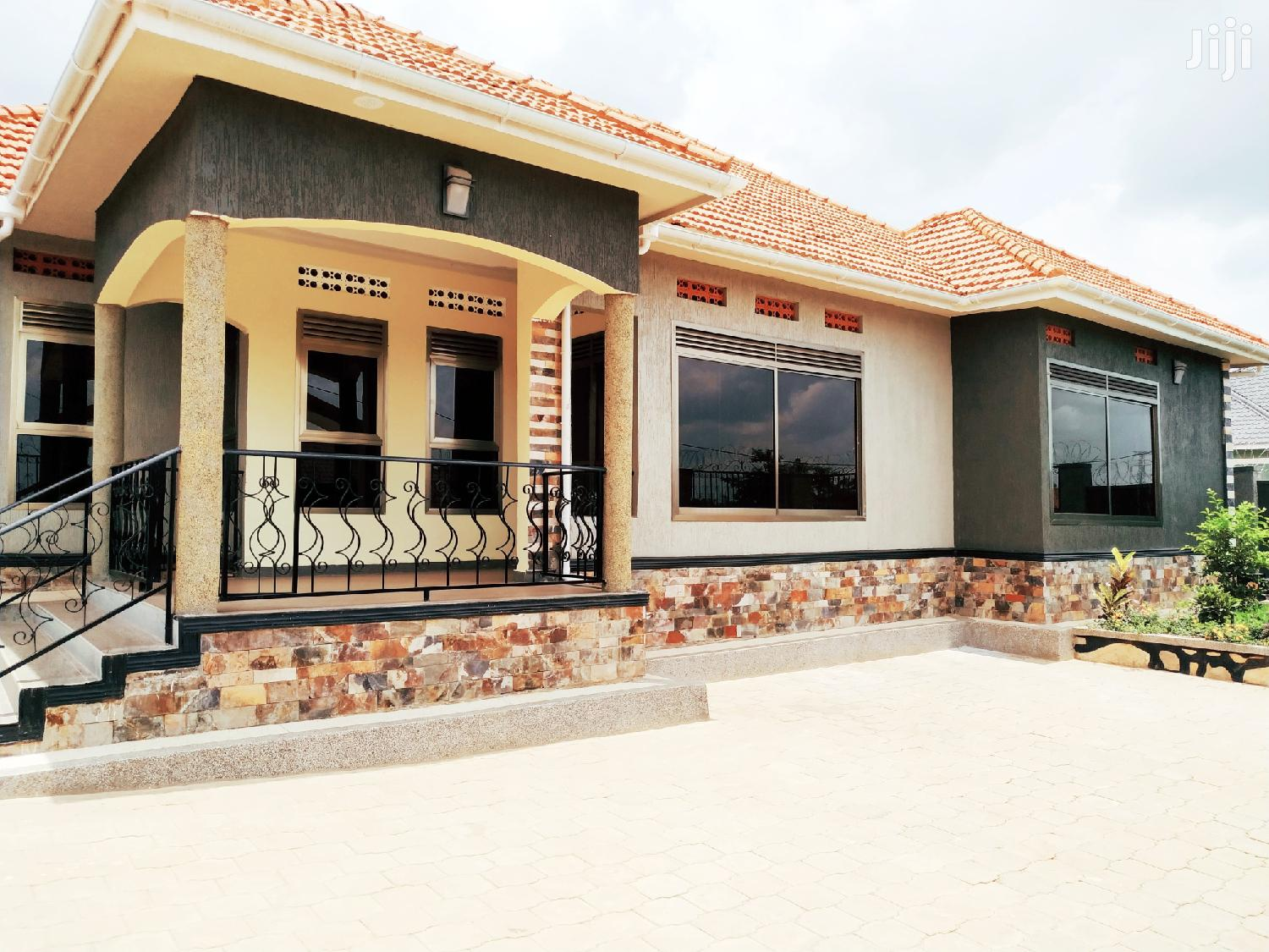 Beautiful Four Bedroom House For Rent In Kira