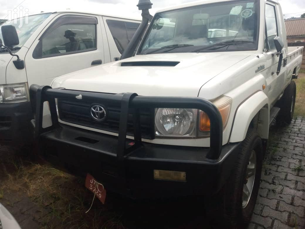 New Toyota Land Cruiser 2015 White   Cars for sale in Kampala, Central Region, Uganda