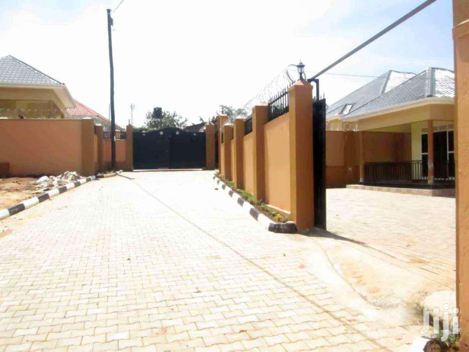 Brand New Four Self Contained Bed Room House  | Houses & Apartments For Sale for sale in Kampala, Central Region, Uganda