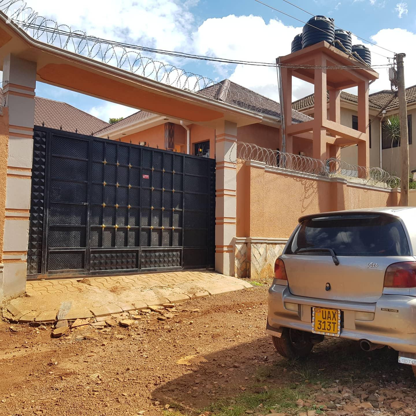Double Rooms House In Kisaasi Kulambiro Road For Rent | Houses & Apartments For Rent for sale in Kampala, Central Region, Uganda