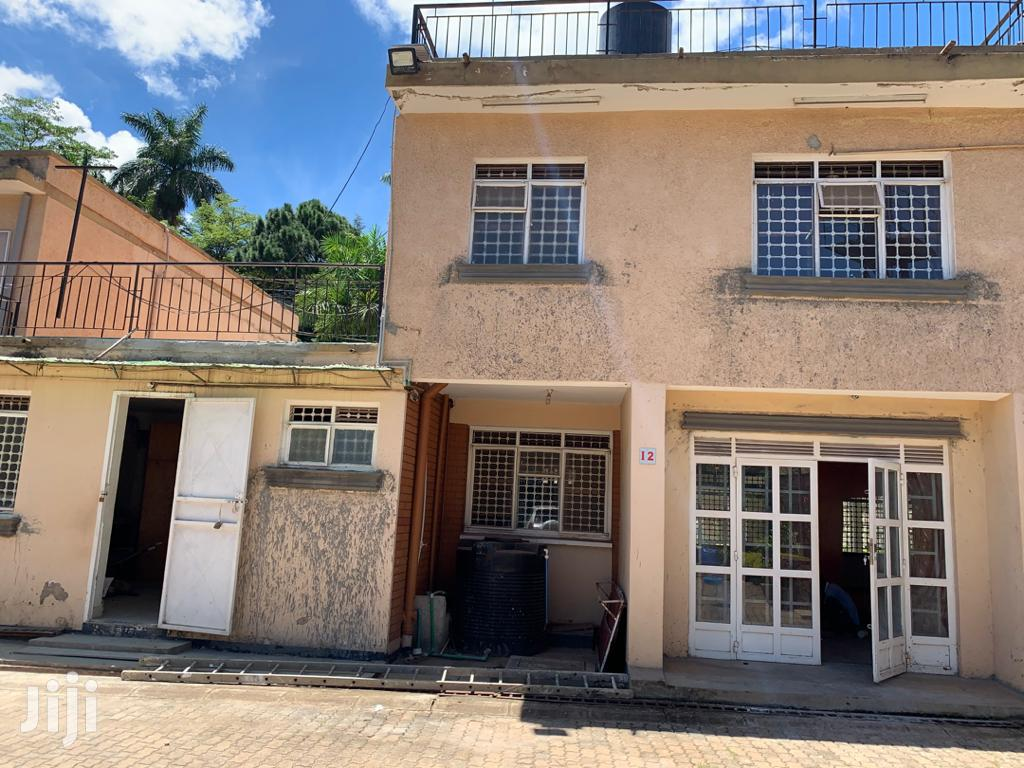 Town House In Kololo For Rent