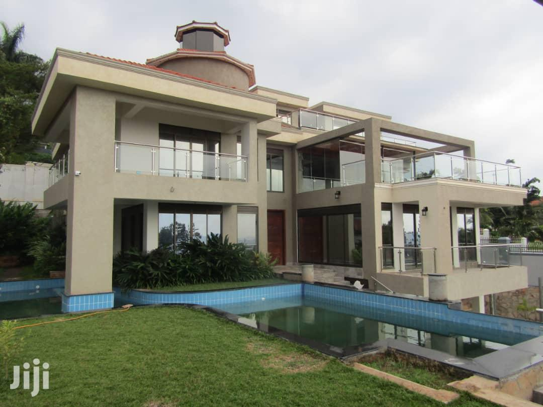 Grand Classic Family House With Glittering Water Views For Sale
