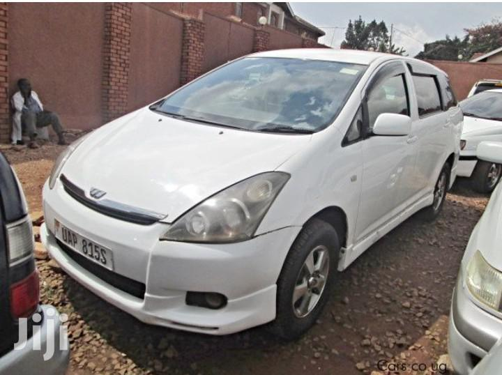 Archive: Toyota Wish 2001 White
