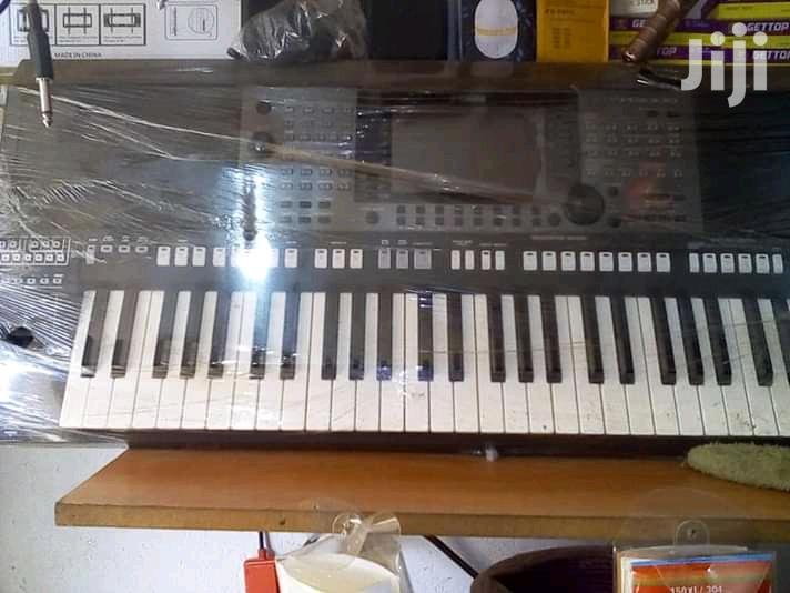 Yamaha Keyboard. Psr A3000