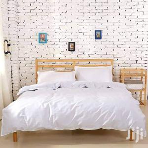 Quilt Dovet -Plain White