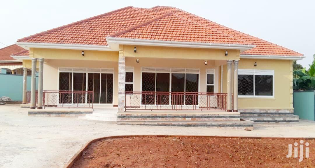 House For Sale In Kitende Entebbe Road