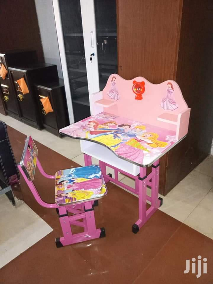 Kids Reading Table Brand New