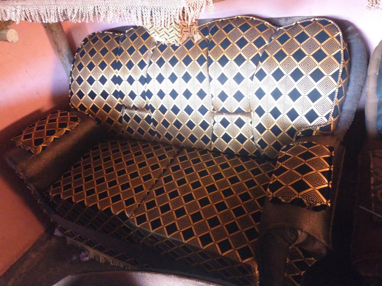 Archive: Brand New Sofa Set