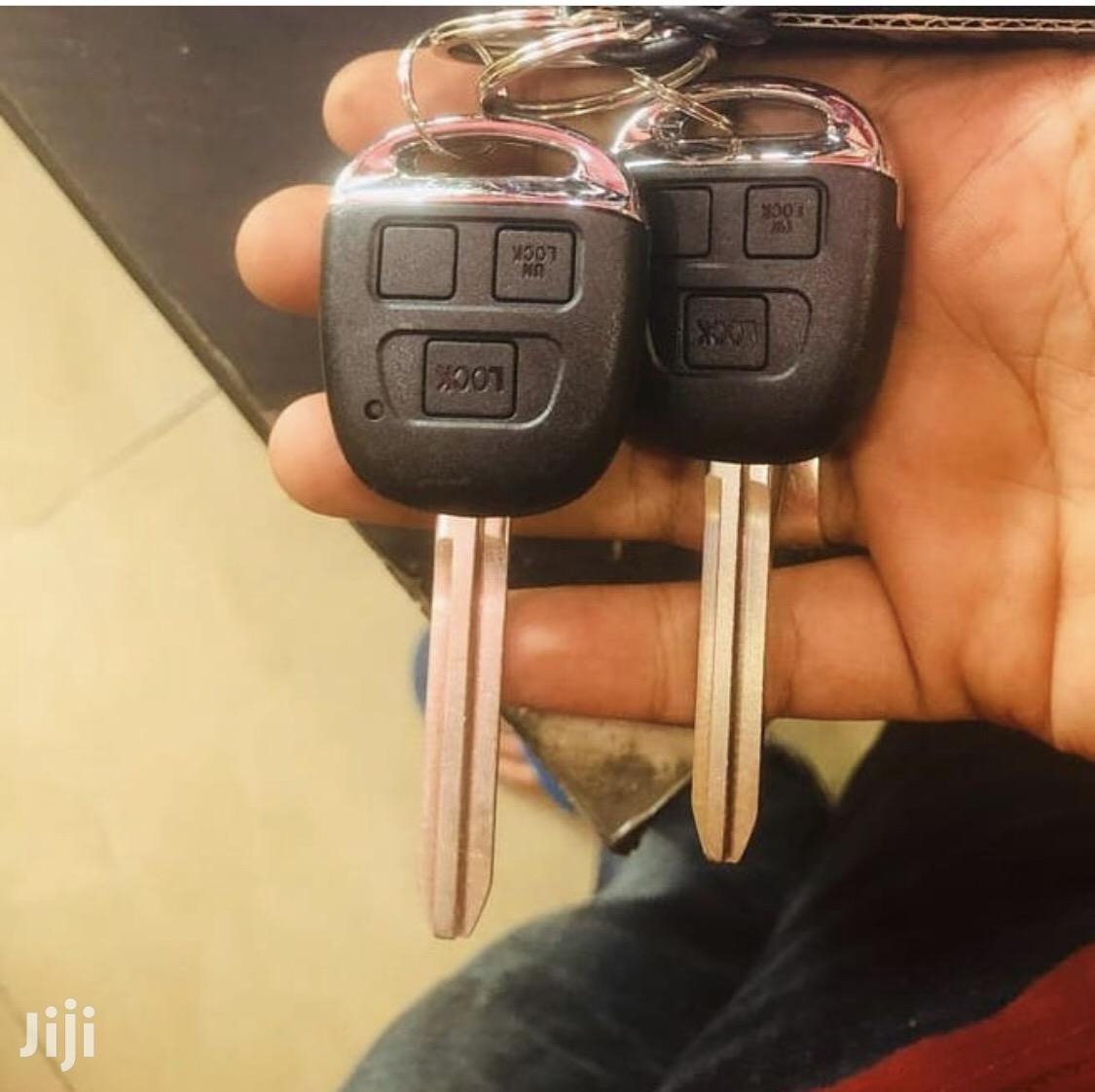 Chrome Straight Car Key With Alarm