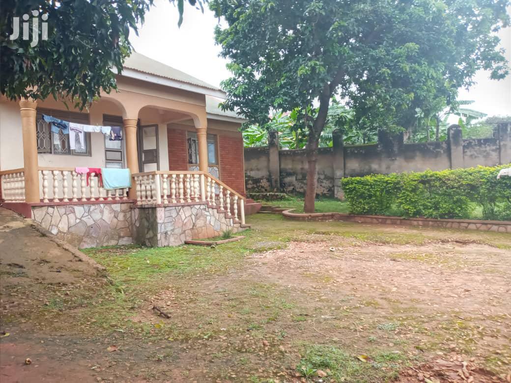 Three Bedroom House in Zana for Sale