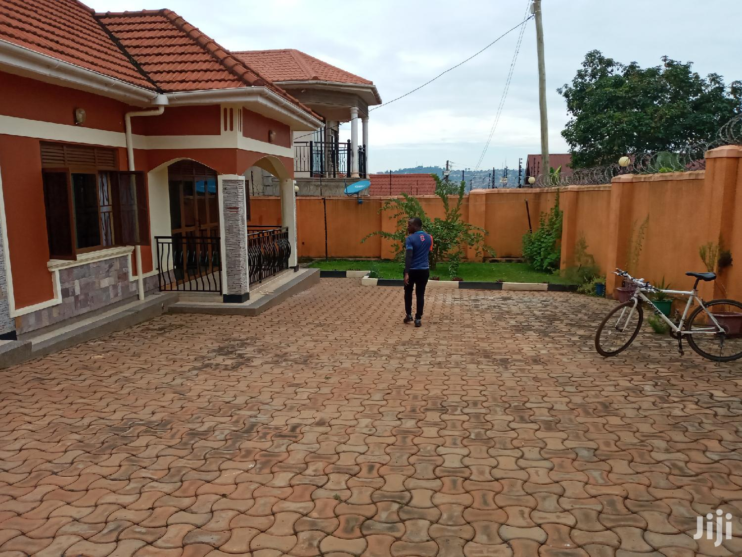 Three Bedroom House In Zana Entebbe Road For Sale | Houses & Apartments For Sale for sale in Kampala, Central Region, Uganda