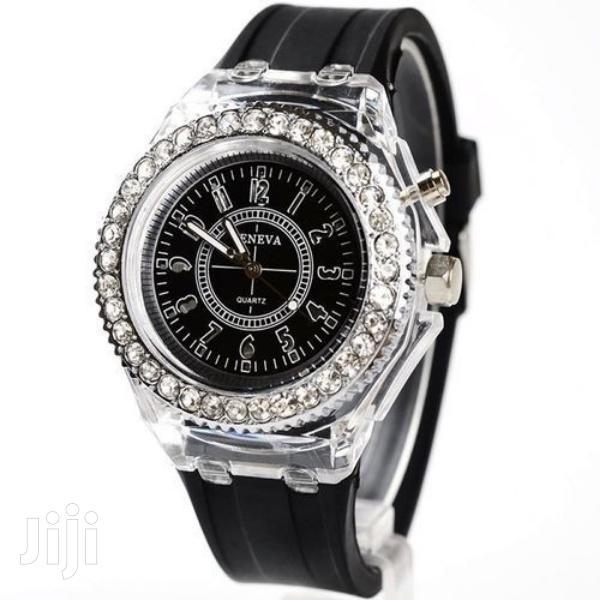 Archive: New LED Backlight Sport Waterproof Quartz Wrist Watch