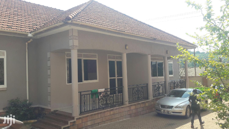 Two Bedroom House In Kisaasi Kyanja Road For Rent