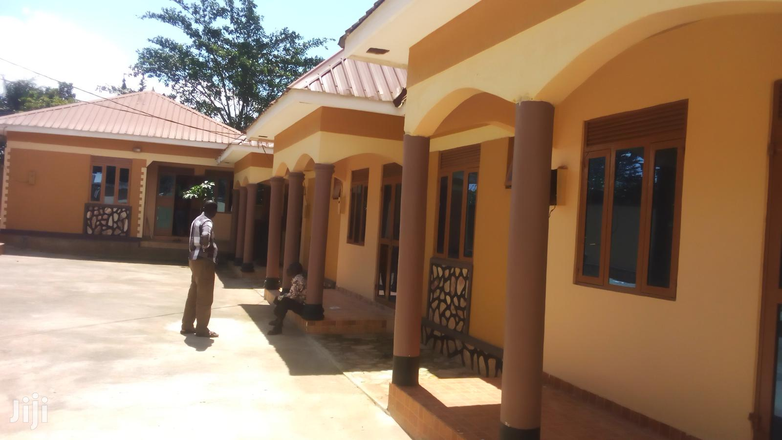 Amazing 2bedroom House For Rent In Bweyogerere Self Contained Next