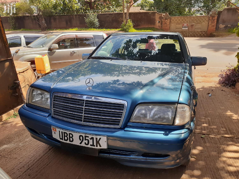 Archive: Mercedes-Benz C200 1998 Blue