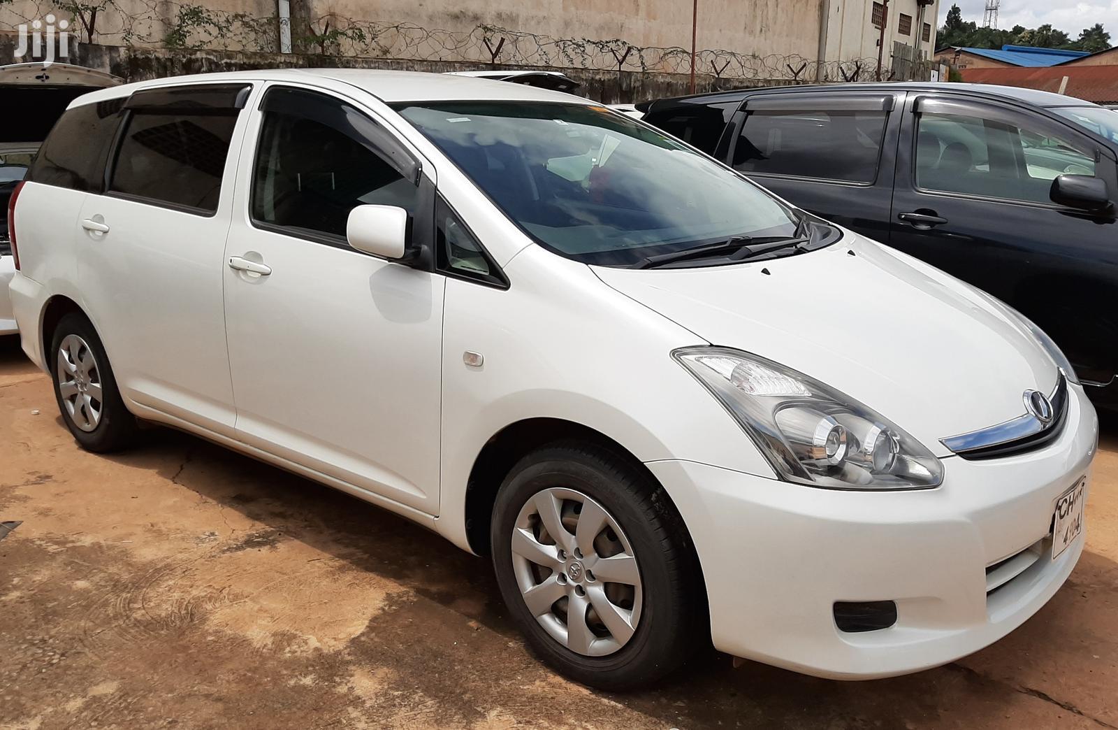 Archive: Toyota Wish 2007 White