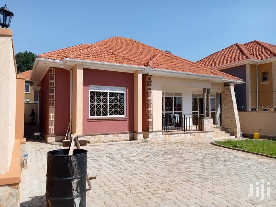 Three Bedroom House In Kira Town For Sale