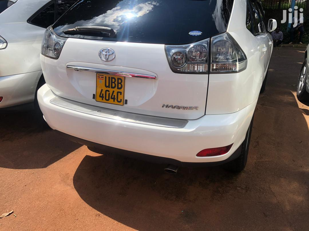 Toyota Harrier 2004 White | Cars for sale in Kampala, Central Region, Uganda