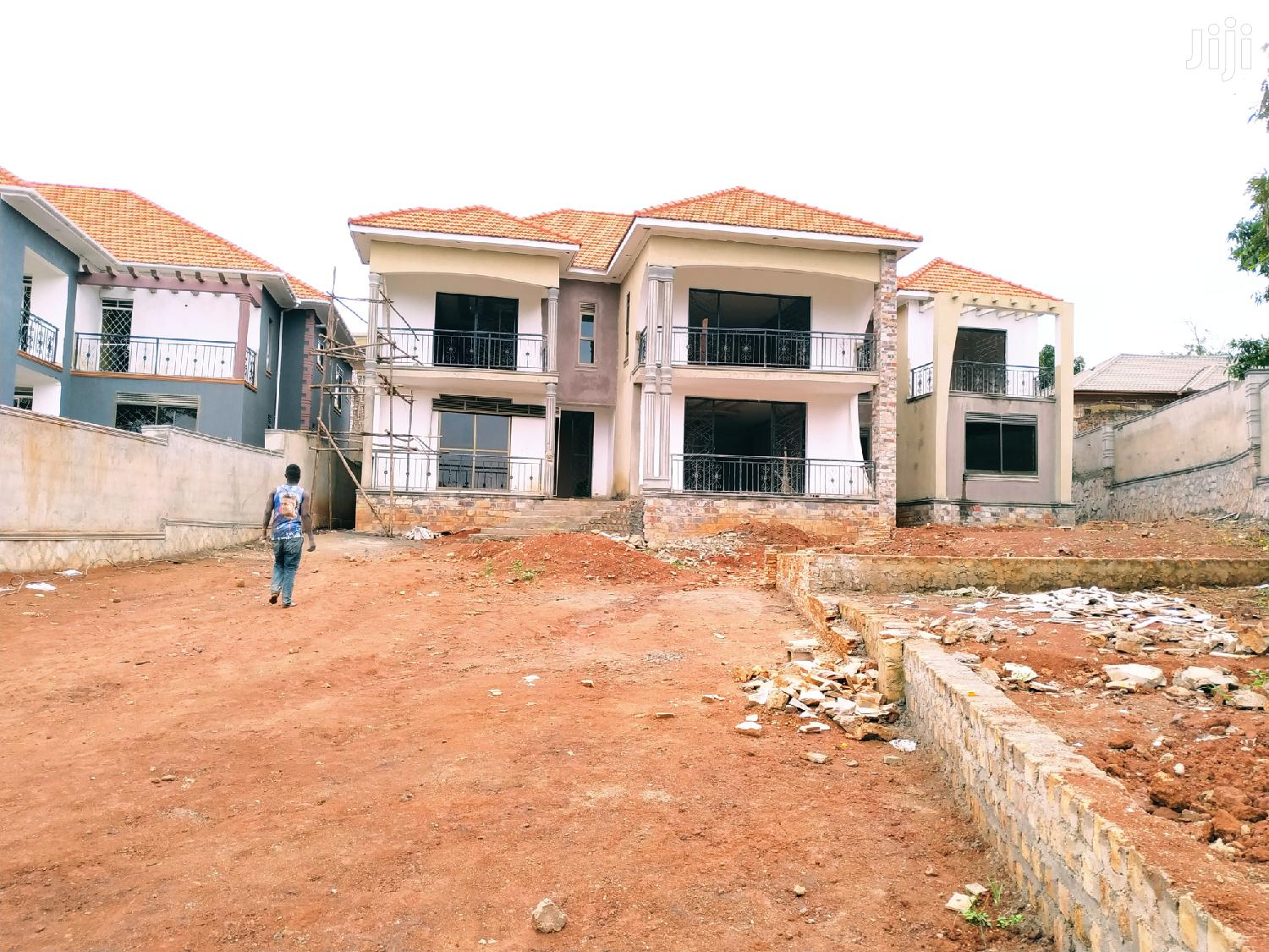 Classic Home for Sale in Kiwatule Has 7 Bedrooms All Self Contained