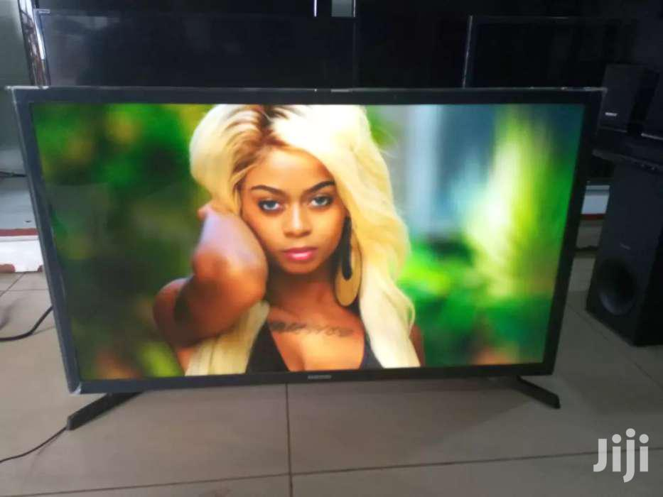 Samsung Flat Screen Digital Tv 32 Inches