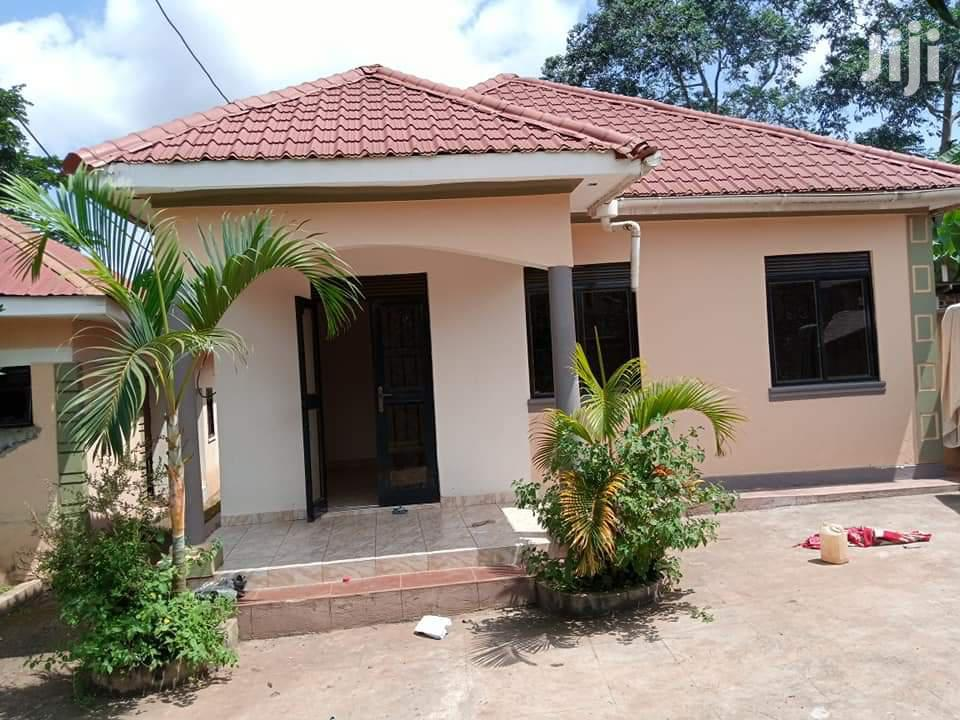 House In Namugongo Bukerere For Sale