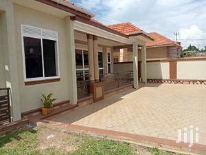 Kira Superb House on Sale in Tarmacked Neighborhood | Houses & Apartments For Sale for sale in Central Region, Kampala