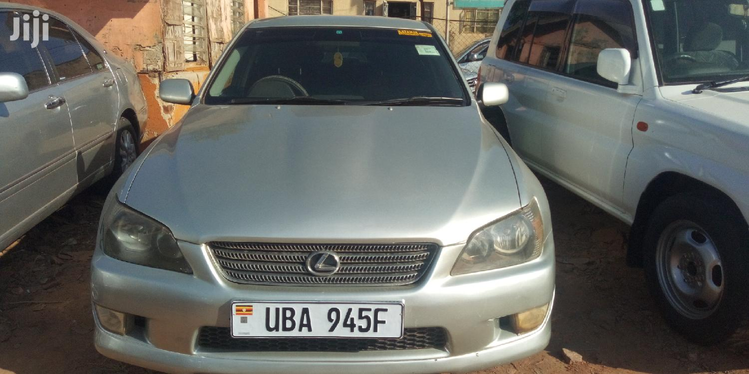 Toyota Altezza 2002 Silver | Cars for sale in Kampala, Central Region, Uganda
