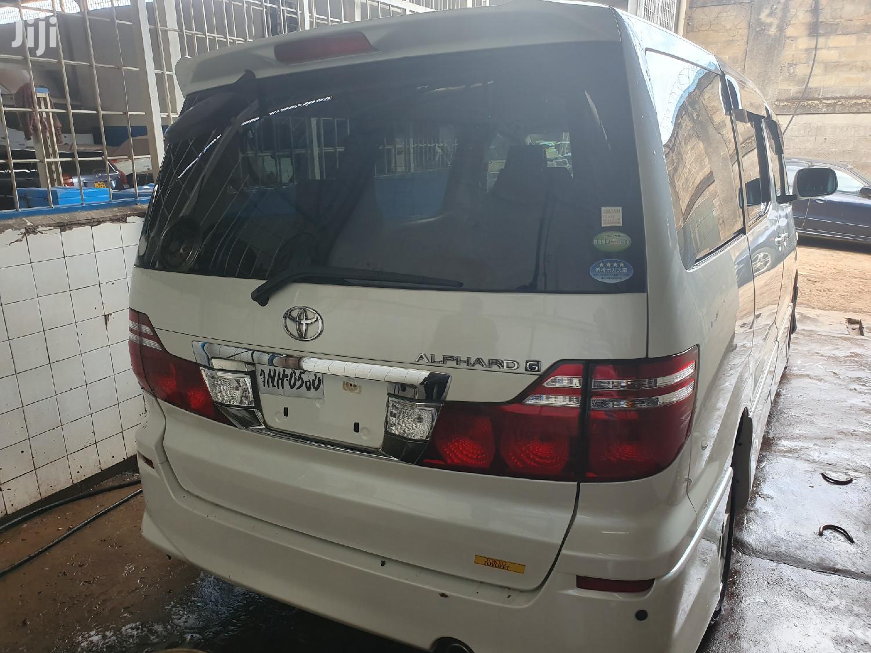 Archive: New Toyota Alphard 2007 White