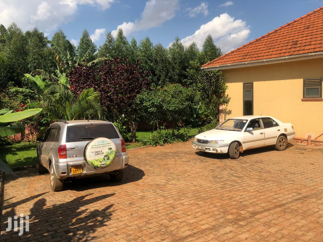 Najjera Four Bedrooms House for Sale With Ready Land Title. | Houses & Apartments For Sale for sale in Kampala, Central Region, Uganda