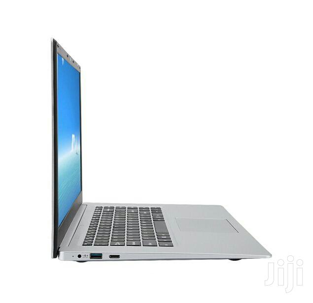 New Laptop Laptop 4GB Intel SSD 1T