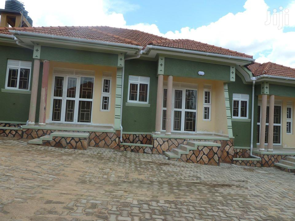 Sittingroom And Bedroom House In Kyanja For Rent