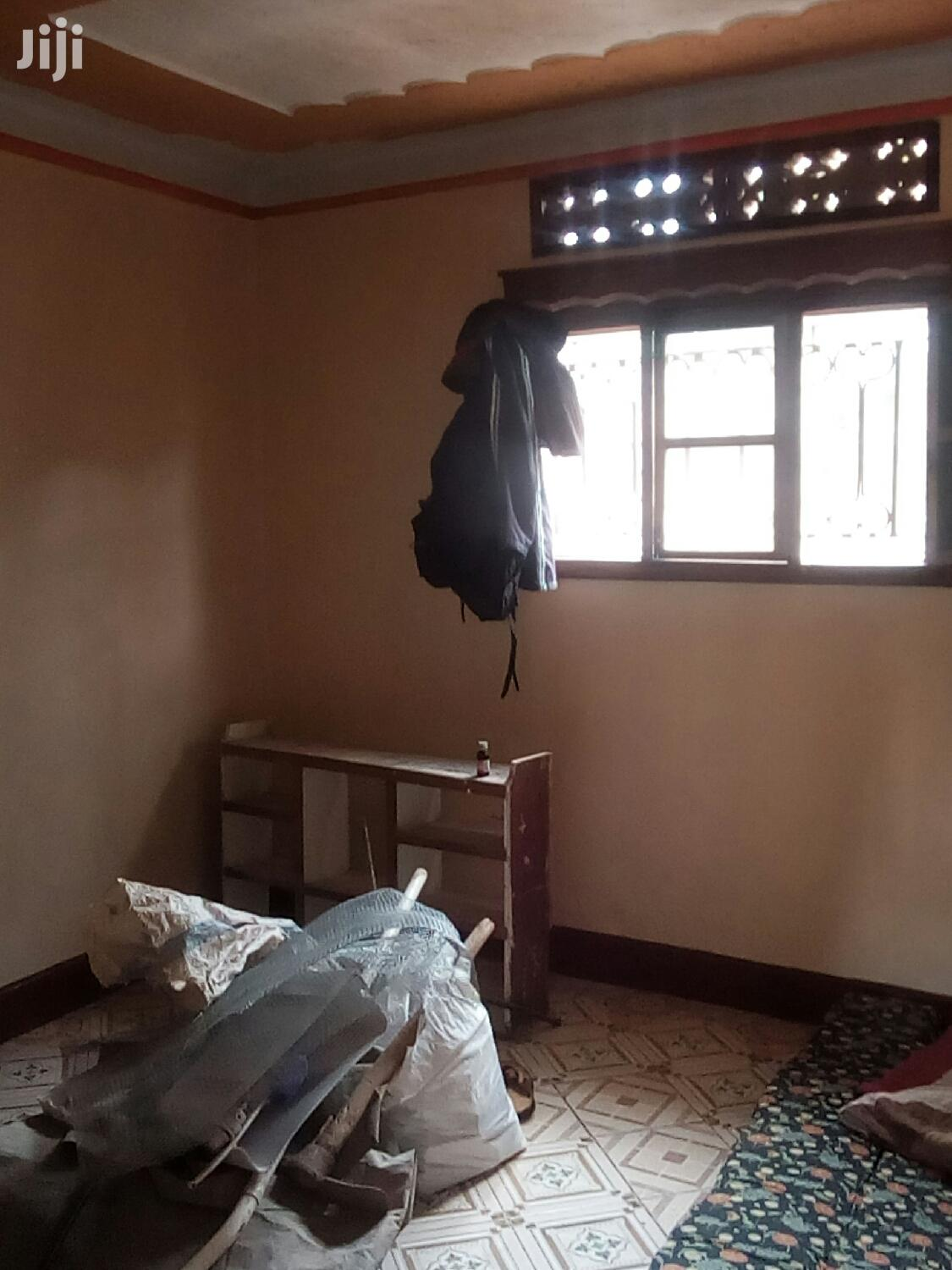 Single Room for Rent in Kireka .
