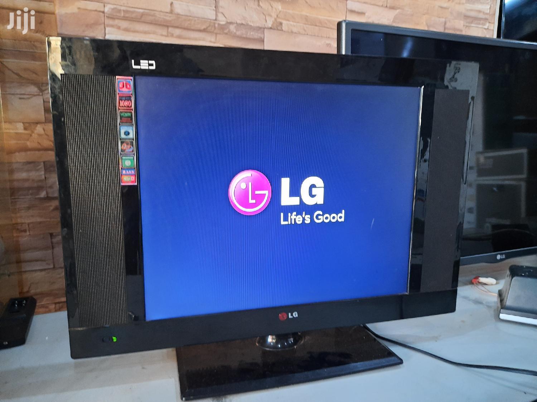 LG 19 Inches LED Glat Screen TV