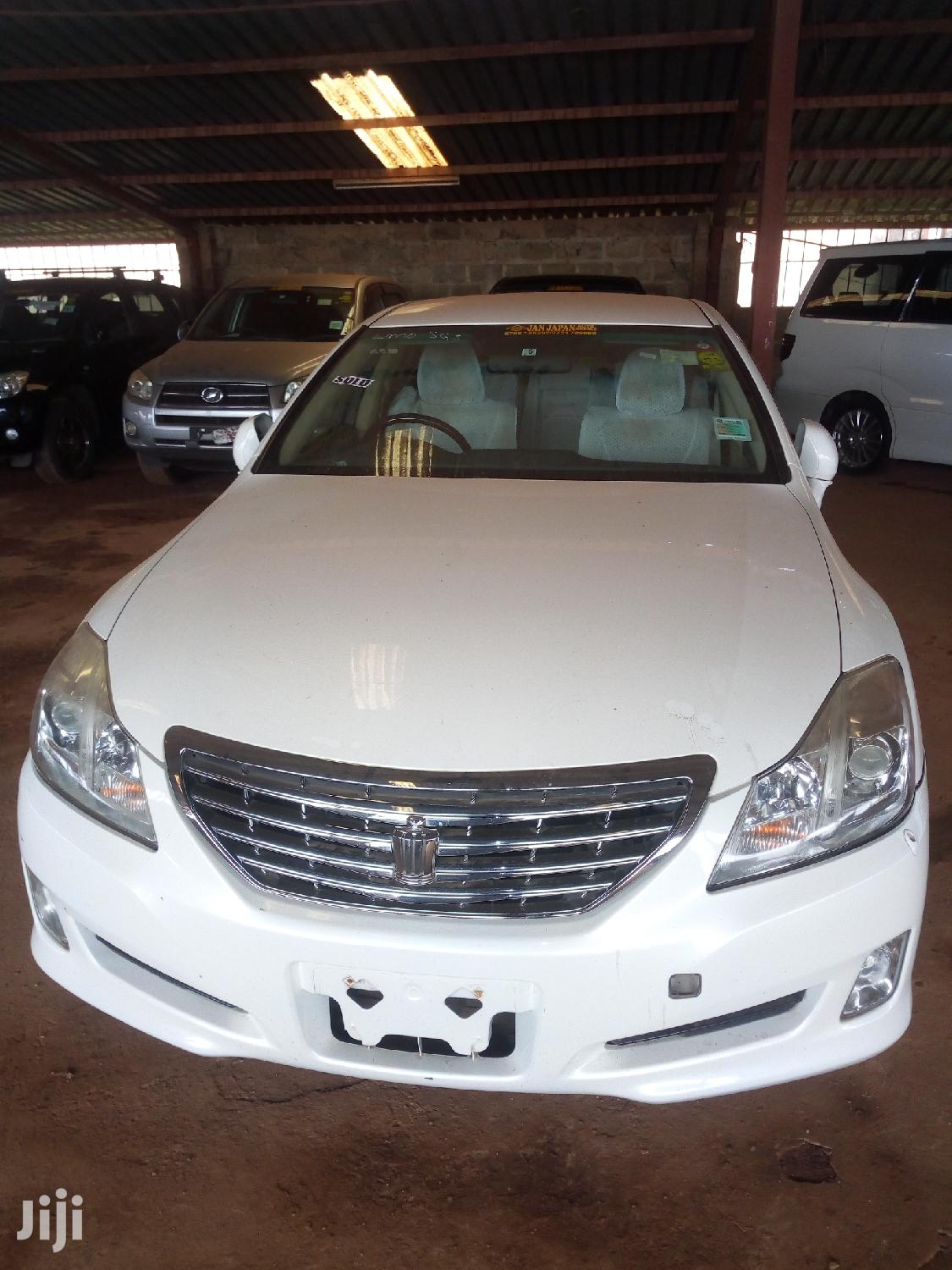 New Toyota Crown 2007 White