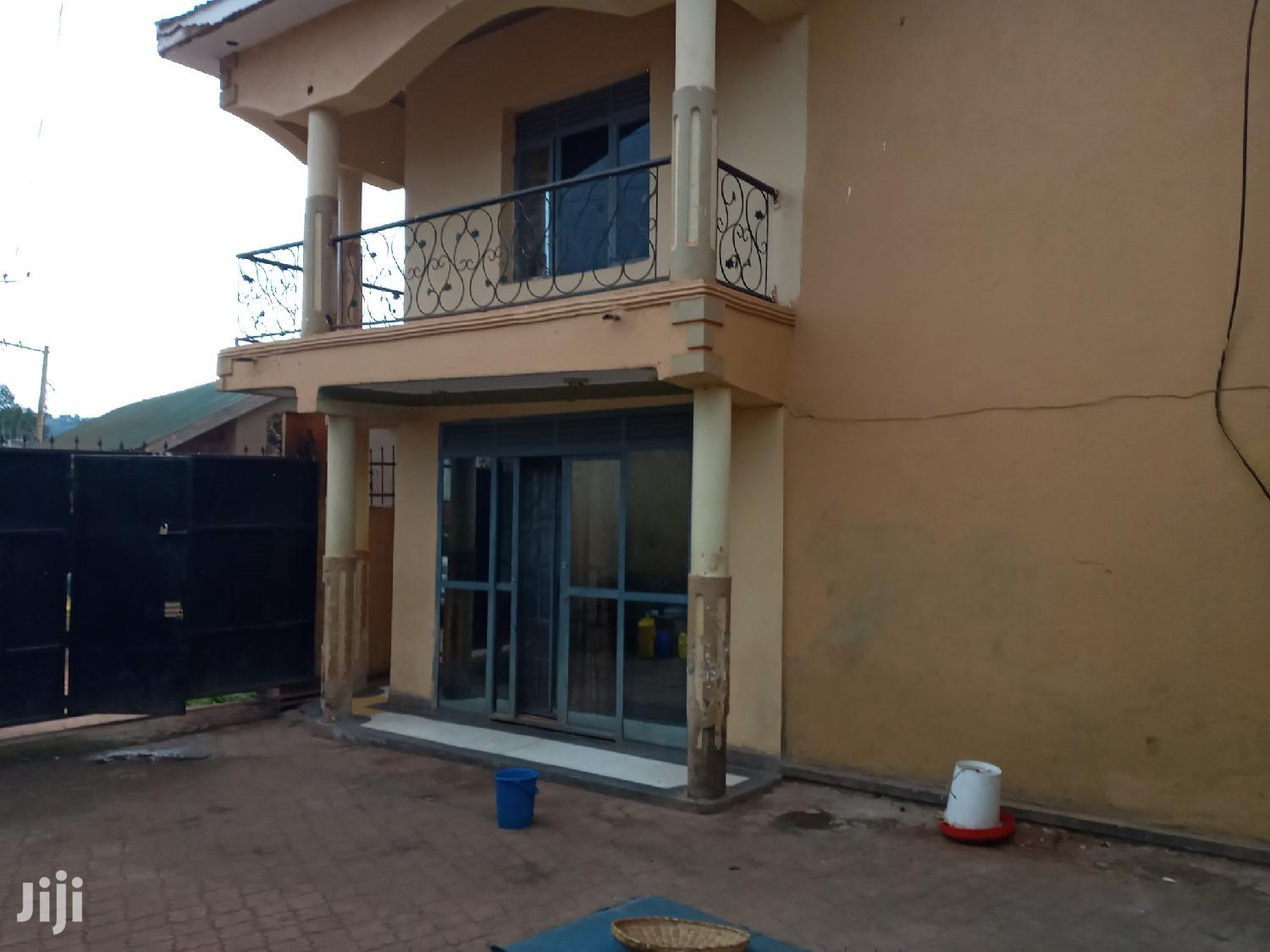 Three Bedroom Apartment In Heart Of Salaama Munyonyo Road For Sale   Houses & Apartments For Sale for sale in Kampala, Central Region, Uganda
