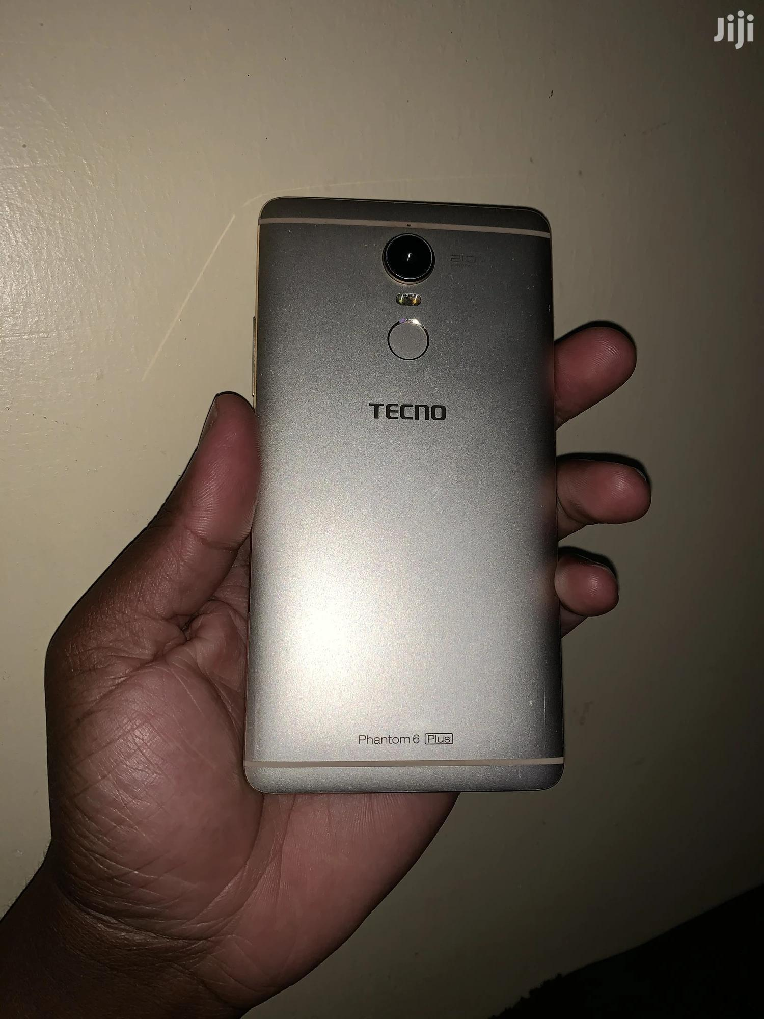 Tecno Phantom 6 Plus 64 GB Gold