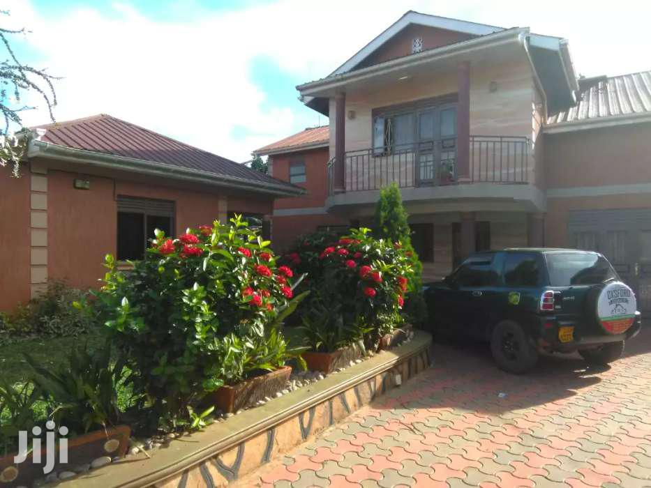 Fully Furnished Two Bedroom Apartment In Makindye For Rent