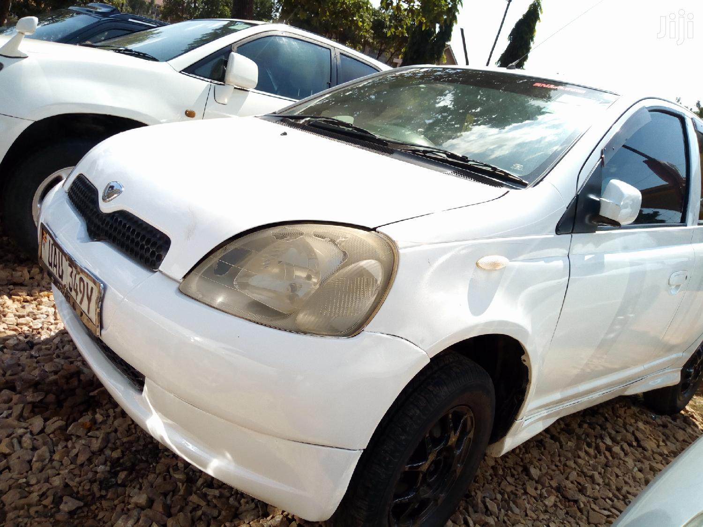 Archive: Toyota Vitz 2001 White