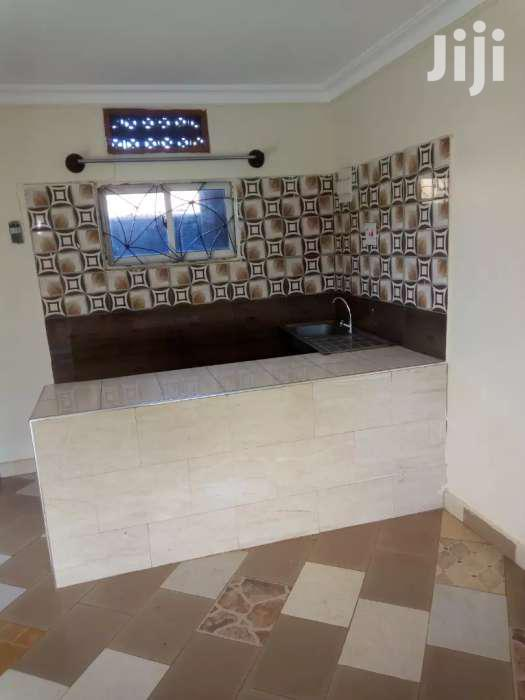 Super Nice Double Room For Rent In Mbuya On Mutungo Road.