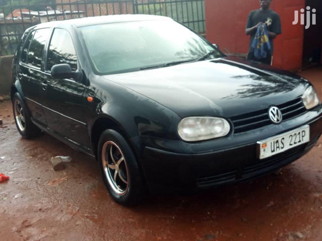 Archive: Volkswagen Golf 1999 Black