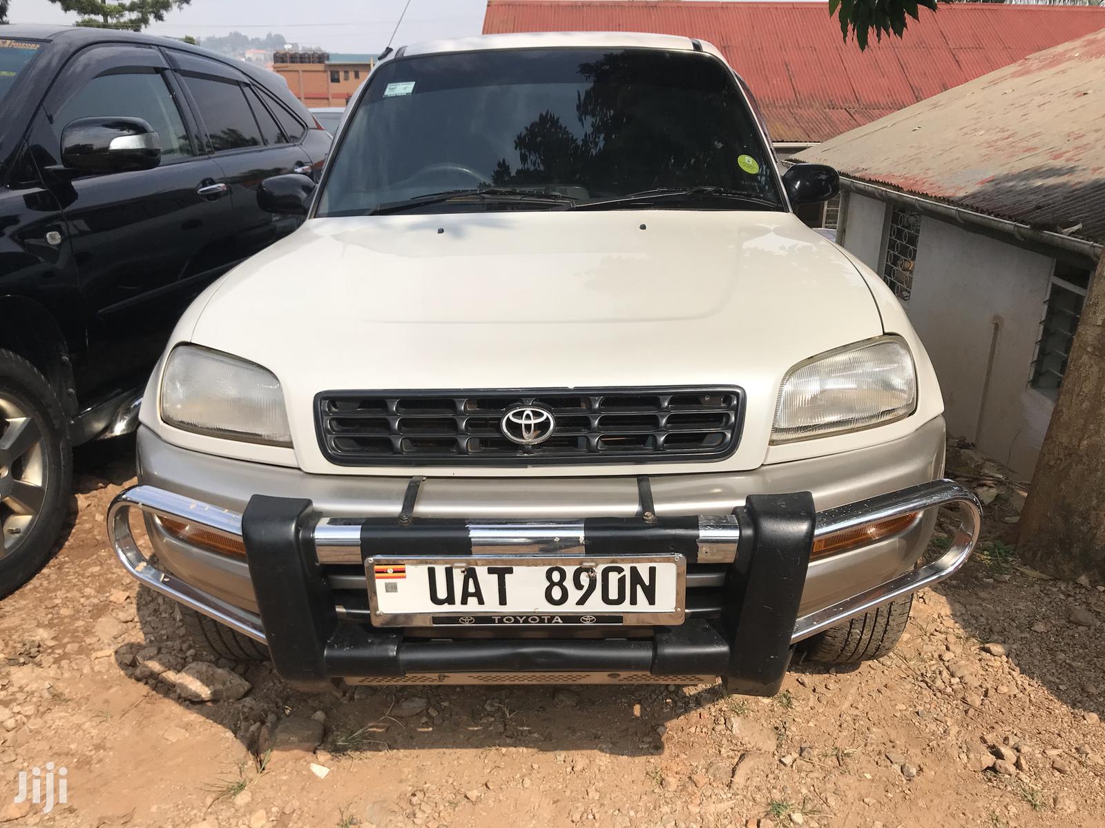 Toyota Rav4 Cabriolet 1998 Silver In Kampala Cars Nkangi Trading Jiji Ug For Sale In Kampala Buy Cars From Nkangi Trading On Jiji Ug