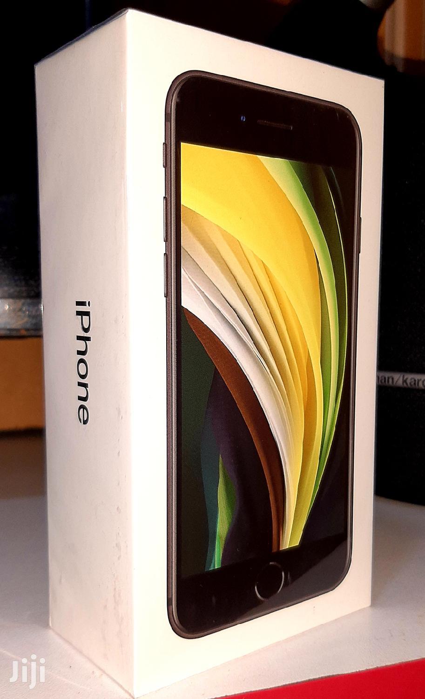 New Apple iPhone SE (2020) 128 GB Black