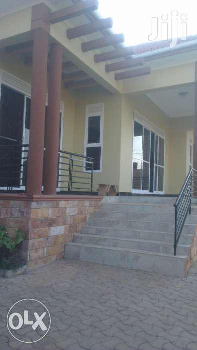 Kira 4bedroom Home On Sale