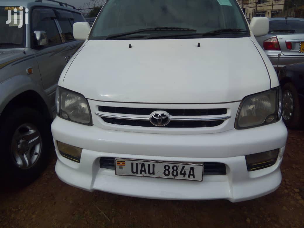 Archive: Toyota Noah 1998 White