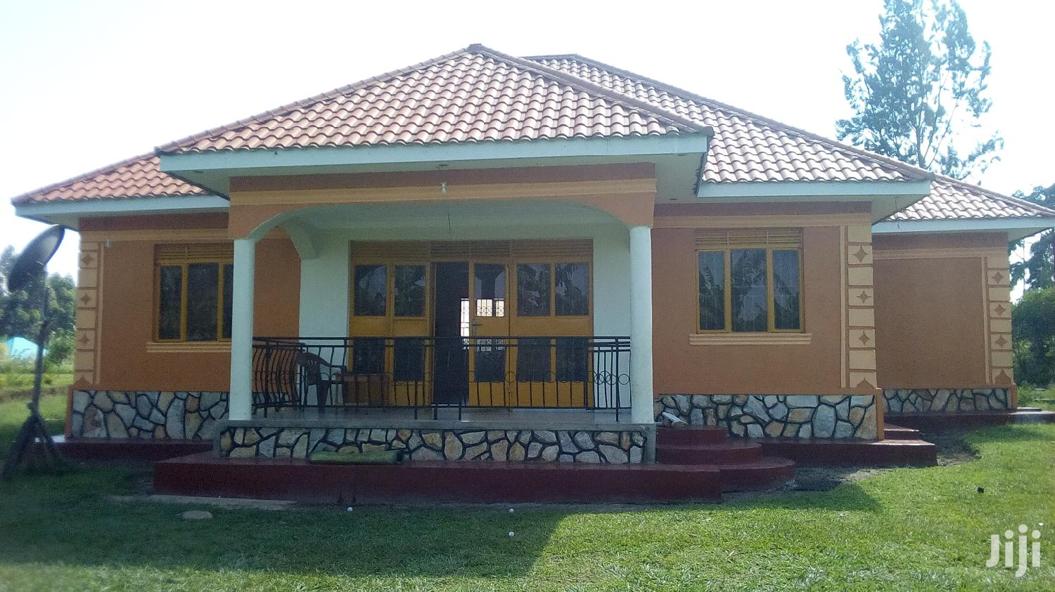 3bedroom Residential House on Sale