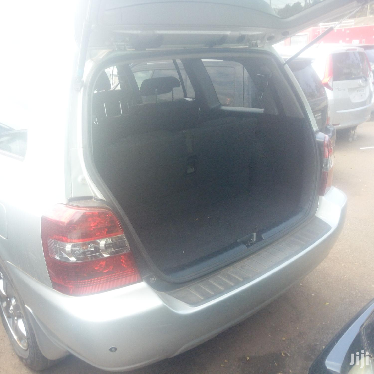 Toyota Kluger 2007 Silver
