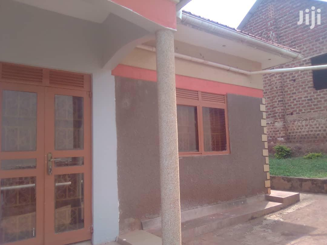 Very Nice Fancy Home on Quick Sale in Kitemu Masaka Rd Main | Houses & Apartments For Sale for sale in Kampala, Central Region, Uganda