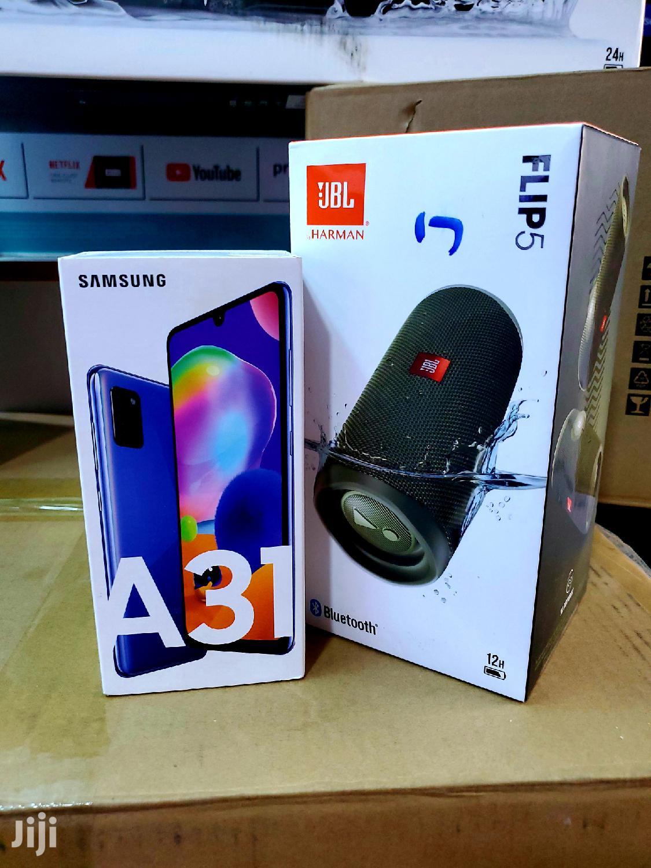 New Samsung Galaxy A30 64 GB Blue