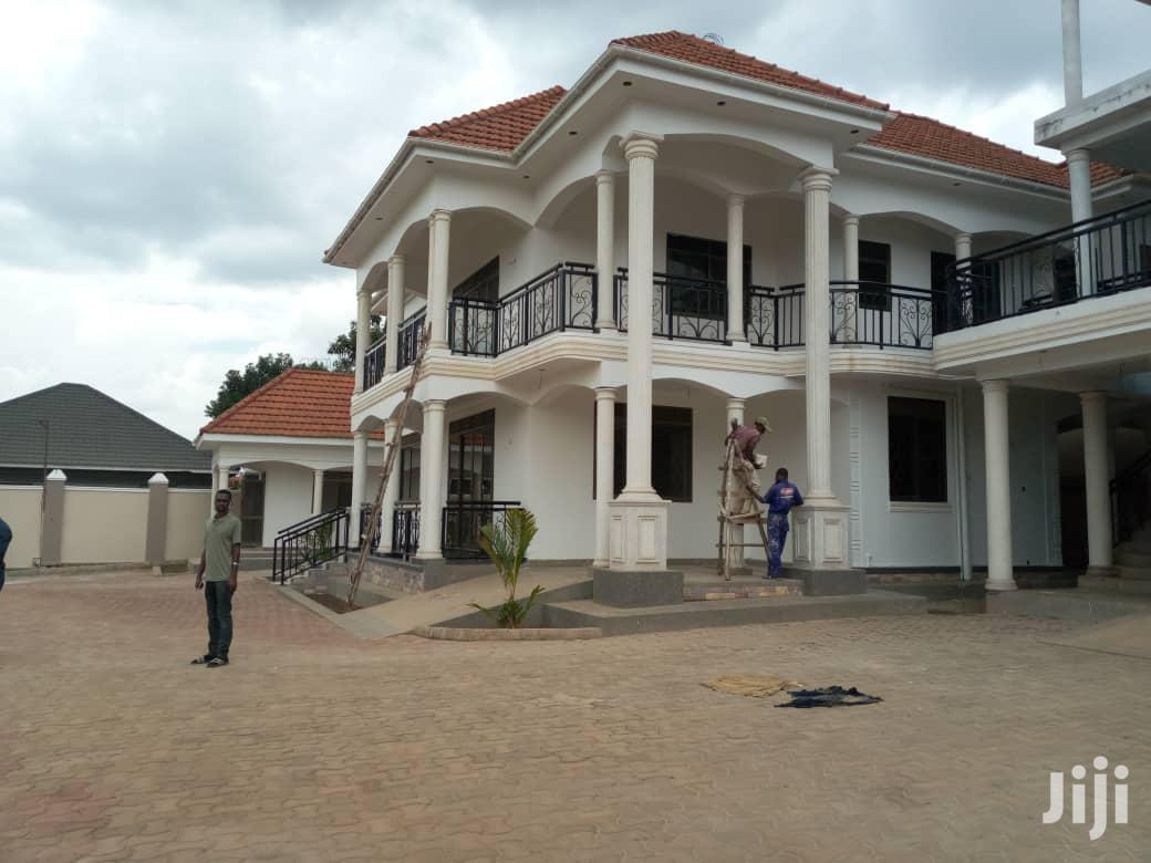 Seven Bedroom House For Sale Mukono With Ready Land Title | Houses & Apartments For Sale for sale in Kampala, Central Region, Uganda